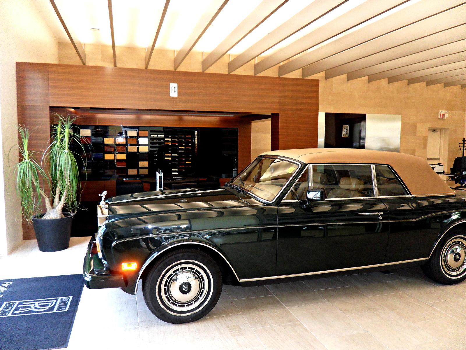 Grand Touring Automobiles